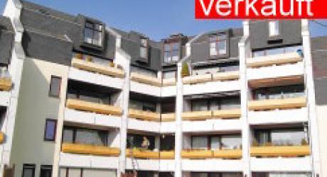 Trier - direkt an der Uni - Maisonettewohnung 6 ZK, 2 Bäder, Balkon, Tiefgaragen-Stellplatz